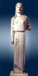 Une koré, 50 ans avant Phidias